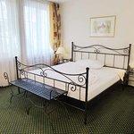 Comfortable bed, quiet room