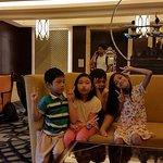 Crimson Hotel Filinvest City, Manila Foto