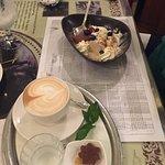New York Cafe Photo