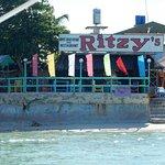 ภาพถ่ายของ Ritzy Lothar Beach Resort & Hotel, Inc