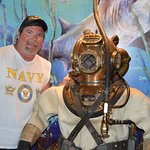 Did this diver work on the battleships sunk at Pearl Harbor?