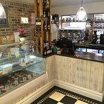 Yalbury & Yvon's Café Wine bar