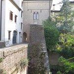 Ворота Сан-Готтардо и каменный мост перед ними