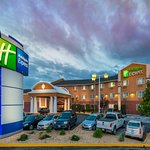 Photo of Holiday Inn Express Winnemucca