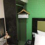 Small single room. Nice and cosy!