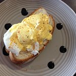 Eggs Benedict (no meat, my choice)