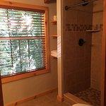 Chimney Top Cabin, Upstairs Bathroom