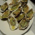 Des huîtres gratinées.