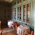 Photo de Hostellerie Chateau des Fines Roches