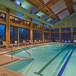 suncadia_activities_swimfit_indoor_pool