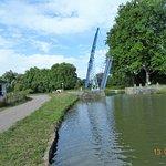 Pont levis sur le Nivernais au niveau de Tannay.