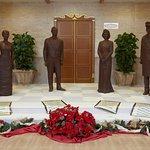 Esculturas de la Familia Real en Chocolate