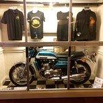 Φωτογραφία: Squires Biker Cafe