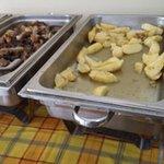 Świeżutki obiadek, kilkudniowe kurczaki i ziemniaki