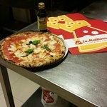 Pizzeria La Mediterranea
