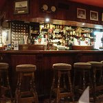 Bunratty's Bar before the dinner hour