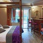 Photo of Roxford Lodge Hotel