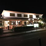 Fabulous night here, romantic atmosphere, good music, romantic lighting, fantastic and satisfyin