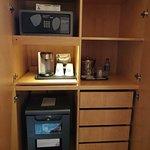 Amenity cabinet