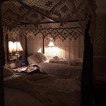 Quaint room (2 double beds and bathroom)