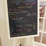 информационный стенд о меню ужина