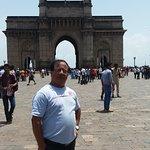 Symbol of Mumbai, Gate way of India
