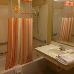 Photo de La Quinta Inn & Suites Olathe