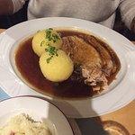 Sehr zu empfehlen! Bayrische frische Küche. Gutes Preis- Leistungsverhältnis. Leckeres Dessert.