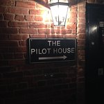 Photo de The Pilot House