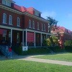 Fachada y entrada al Museo