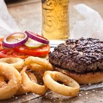 Agadir Burger Onion rings Side + Beer