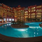 Sun-And-Sea-Hotel.
