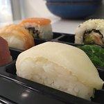 Plato de sushi.