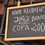Precio del vino de la zona.