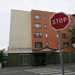 Photo de Novotel Suites Reims Centre