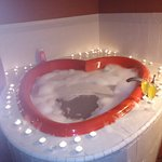 Gorgeous Hot Tub / Jacuzzi - We added the Candles