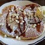 white choclate pancakes