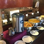 One of the finest restaurants in Mount Abu...Breakfast has good spread... mostly Indian dishes..