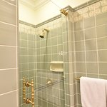 Classic shower