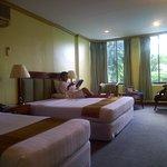 Foto de Mandalay Swan Hotel