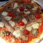 pizza maltija / Pizza Maltese