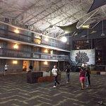 Photo de Holiday Inn Burlington Hotel & Conference Centre