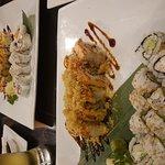 Hamachi Thai And Sushi Foto