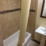 Photo de Rodeway Inn & Suites Middletown