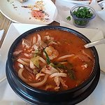 Spicy pork seafood soup