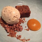 degustation: warm carrot & walnut cake