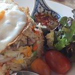 ข้าวผัดปลาทูไข่ดาว