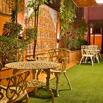 Garden Lounge with Hawa Mahal miniature
