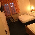 Chambre triple ( lit double + lit simple )