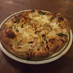 Chicken Pine Nut Pizza was the Bomb!